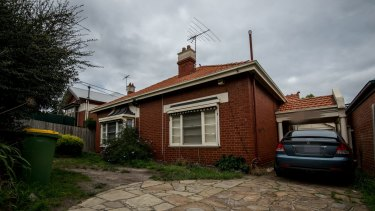 David Feeney did not declare his $2.3 million Northcote investment property.