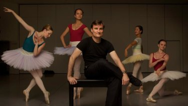 David McAllister with members of the Australian Ballet.