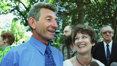 John Button with journalist Estelle Blackburn after his successful appeal in 2002.
