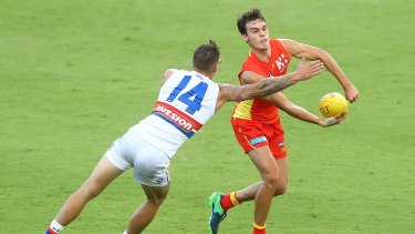 Jack Bowes playing for the Suns during the pre-season competition.