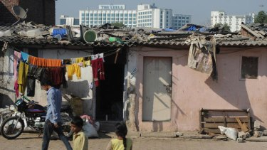Katherine Boo infiltrates Annawadi, one of the hundreds of Mumbai slums that few Westerners would ever see.