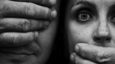 A community response is needed to tackle domestic violence.