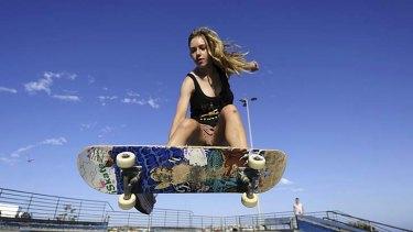 Heads up … Gracie Earl, 15, on her skateboard at the Bondi Beach Skate Bowl.
