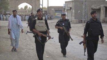 Pakistani soldiers on patrol.