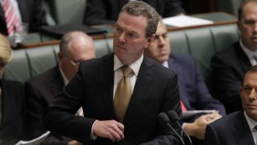 """Christopher Pyne: """"No plans to restore the cap""""."""