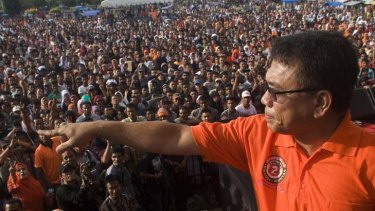 Considered by some as a traitor ... Irwandi Yusuf, who is seeking re-election, addresses a rally in Banda Aceh.