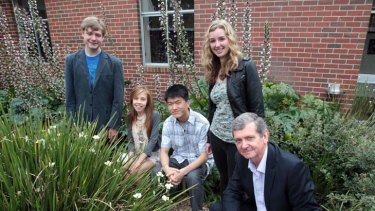 From left are Huntingtower school students Hamish Gould, Kahli Joyce, Hansen Shen and Alison Pettit with Principal Sholto Bowen.