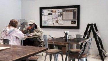 Eddie incognito? Eddie Obeid at Leicchardt cafe.