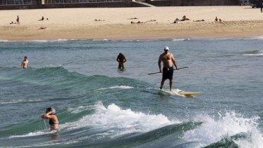 Autumn heatwave: Sydneysiders enjoy the warm weather at Bondi Beach.