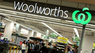 Woolworths is still on the hunt for a replacement for outgoing CEO Grant O'Brien.