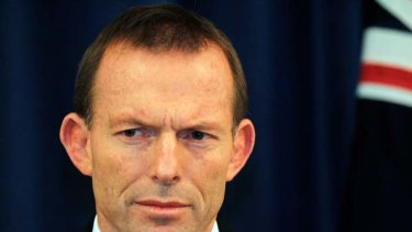 Tony Abbott .... pledges to repeal carbon tax if elected.