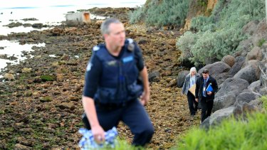 Police search for  human remains on a beach at North Shore near Geelong.