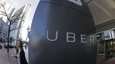 Uber, the mobile car-hailing application, is in early talks to raise a new round of financing that could value the start-up at $50 billion.