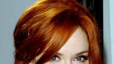 Christina Hendricks ... fluttering her Latisse-fuelled lashes