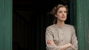 Agyness Deyn as Chris Guthrie in Terence Davies'