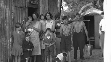 Poverty: Depression-hit Sydney in 1934; job creation became paramount.