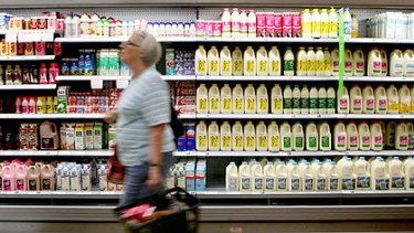 Coles is lining up a new scheme in which shoppers can earn points that can be redeemed on supermarket goods.