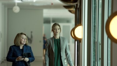 Jacki Weaver, Anna Torv, Secret City