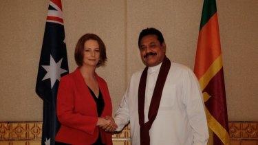 Meeting ... Julia Gillard with Sri Lankan President Mahinda Rajapaksa.