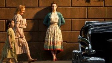 Saoirse Ronan is convincing in the film <i>Brooklyn</i>.