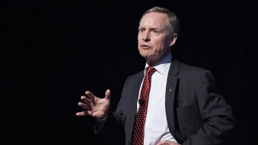 Former Chief of the Australian Army Lieutenant General David Morrison says gender diversity targets are essential.