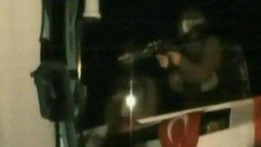 Israeli soldiers storm the Mavi Marmara.
