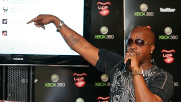 MC Hammer discusses his passion for Twitter in Sydney.