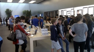 Apple's new Bondi Junction store in Sydney was doing a roaring trade on the weekend.