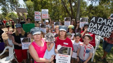 Murrumbeena residents Karlee Browning and Tracey Bigg attend a protest earlier this month against a proposed elevated railway line.