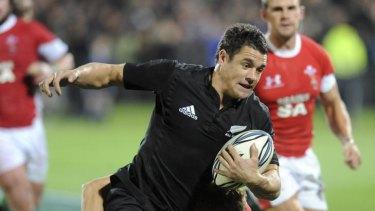 Hard to watch ... New Zealand's Dan Carter.
