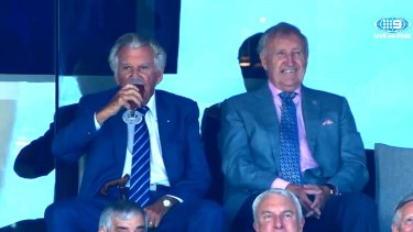 Bob Hawke alongside the former federal sports minister John Brown at the SCG on day two of the Ashes Test.