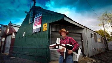 Melbourne artist Murray Walker.