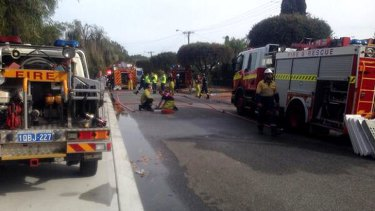 Over 40 firefighters from six stations managed to extinguish the unit fire on Braithwaite Street in Lockridge, in Perth's east. Photo: Caitlin Barr, 6PR