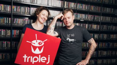 Triple J presenters Zan Rowe and Lindsay McDougall ahead of JJJ Hottest 100 countdown two years ago.