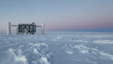 The IceCube observatory, the world's .largest neutrino detector, at the Amundsen-Scott South Pole Station in Antarctica.