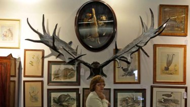 Goods owned by West Australian businessman Warren Anderson were put up for auction.
