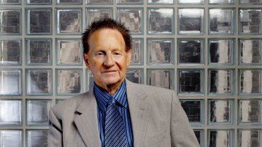 Geoffrey Edelsten has sold his chain of medical clinics to Sonic Healthcare.