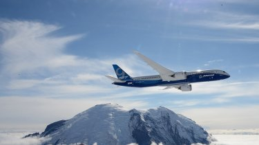 The lower fuel price has some airlines rethinking their fleet strategy.