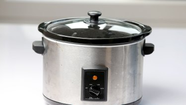 Techknow Target Essentials And Kitchenaid Slow Cookers Compared