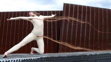 Image still from Flowing Locks, 2007, HD single channel video by Hanna Raisin.