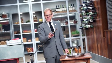 Alton Brown hosts <i>Cutthroat Kitchen</I>.