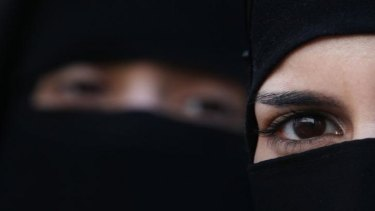 No threat: Banning the burqa would be bad for security, an ASIO report says.