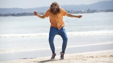 Dancing man: Tommy Franklin. Photo: Flavio Biehl.