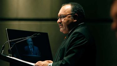 PNG Prime Minister Peter O'Neill has been issued with an arrest warrant.
