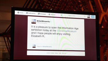 It didn't take long for Queen Elizabeth to be trolled after sending the tweet.
