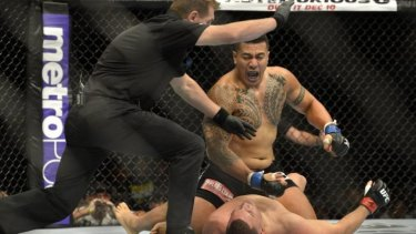 Perth fighter Soa Palelei knocks out Pat Barry in Brisbane in December.