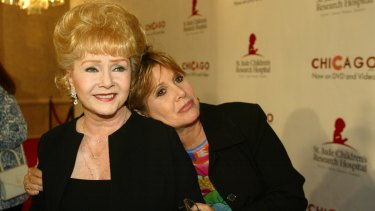 Carrie Fisher with mother Debbie Reynolds.