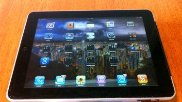 The original iPad is slightly heavier at 718 grams.