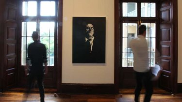 <i>Uncle Paddy</i> by Nigel Milsom is unveiled as the winner of the 2013 Doug Moran National Portrait Prize.