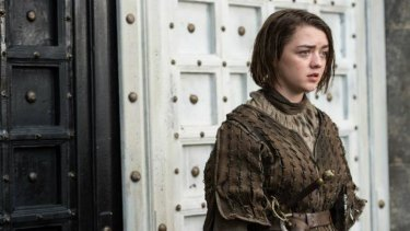 Bravo Braavos ... Arya Stark finally arrives outside the House of Black and White!